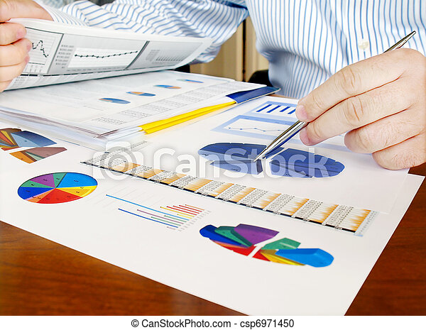 analysering, investering, charts. - csp6971450