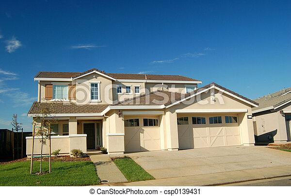 hus, förorts- - csp0139431