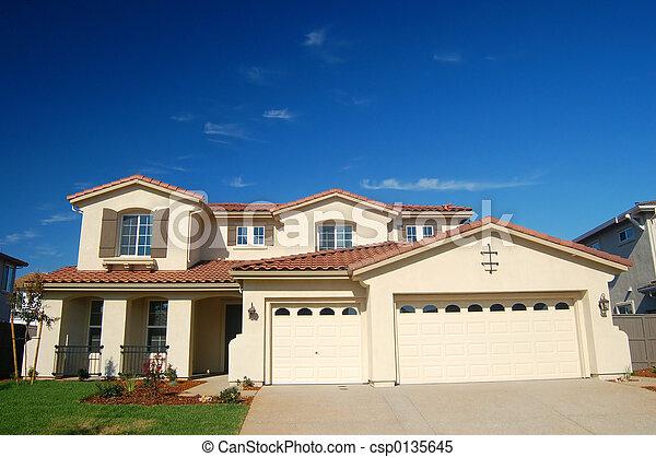 hus, förorts- - csp0135645