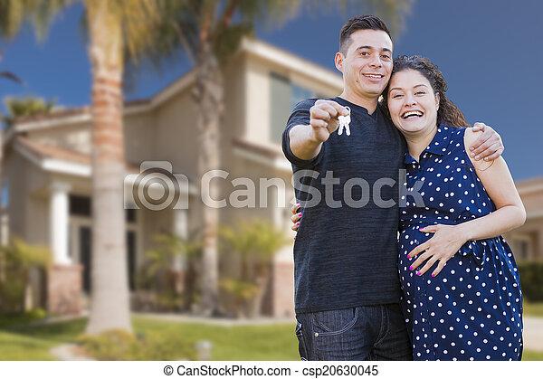 stämm, hus, par, hispanic, färsk, främre del, hem - csp20630045